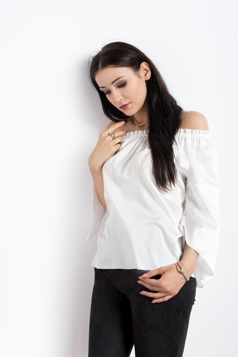 Bawełniana bluzka z odkrytymi ramionami