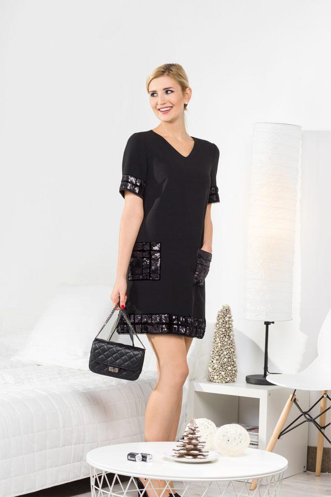 Czarna sukienka mini z cekinami