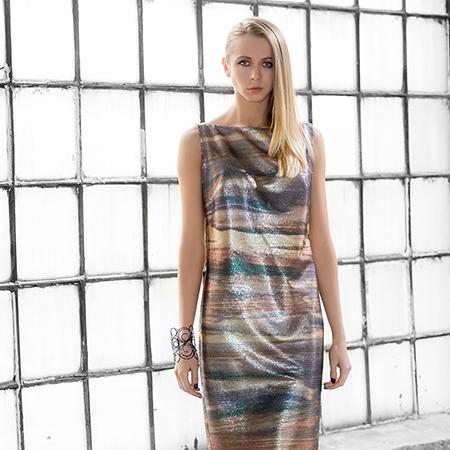 Sukienka z cekinów