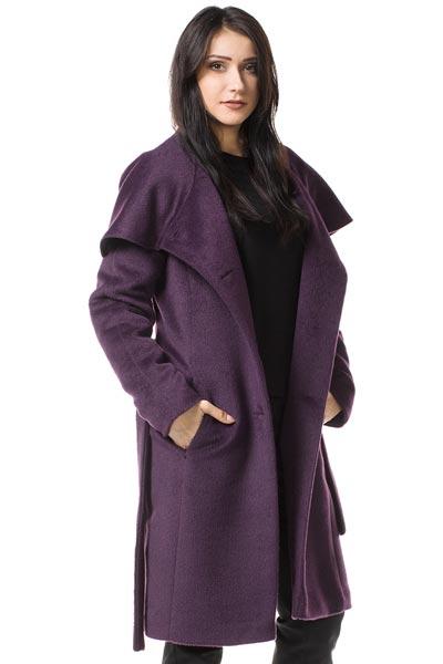 płaszcz-dla-dużego-biustu