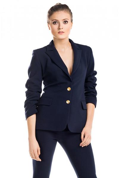 Granatowy żakiet i spodnie do pracy to doskonały wybór jeśli musisz elegancko ubrać się do pracy